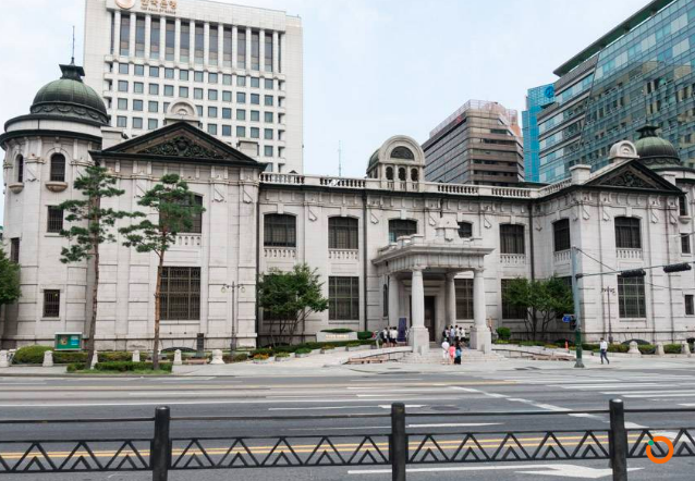 beautiful_granite_exterior_of_the_bank_of_korea_museum